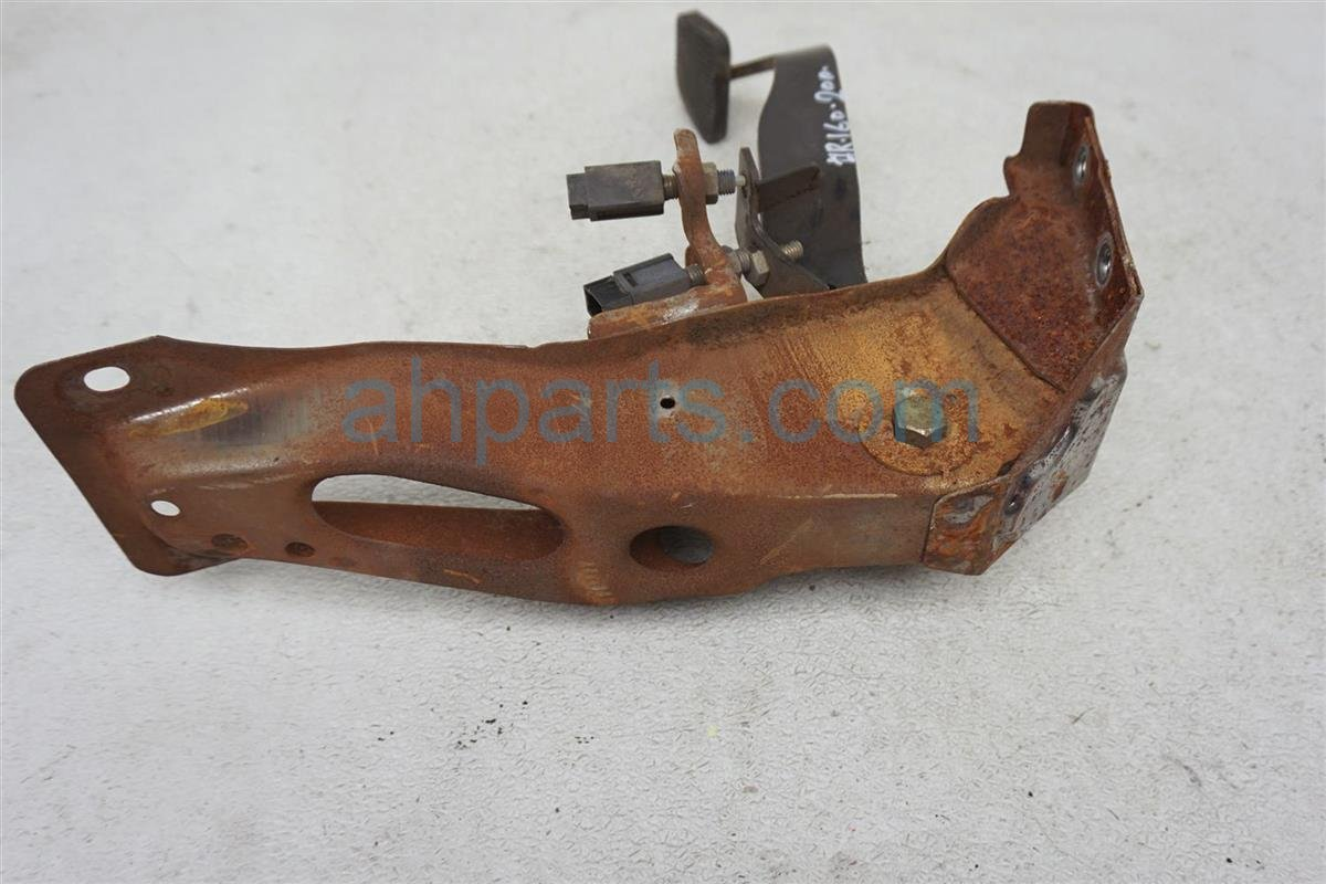 1984 Nissan 300zx Brake Pedal Assy 46520 01P00 Replacement