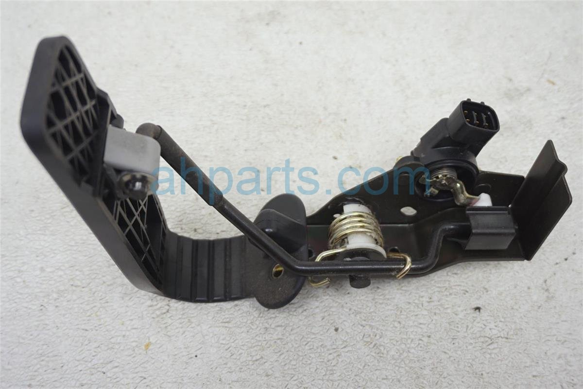 2001 Lexus Ls430 Gas / Accelerator Pedal Assy 78010 50010 Replacement