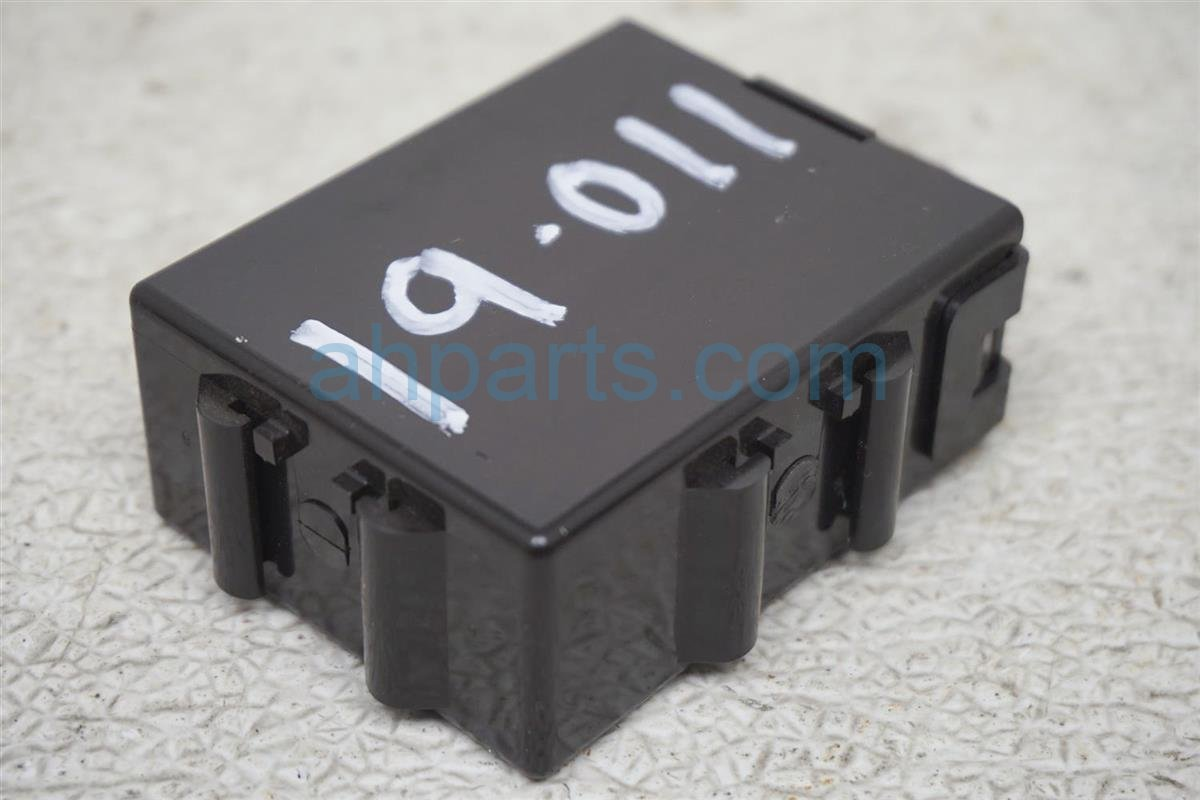 2001 Lexus Ls430 Noise Filter Control Unit 89112 50011 Replacement