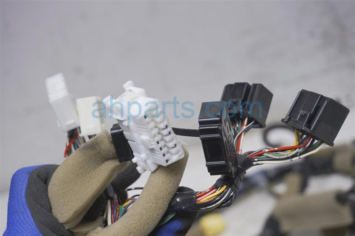 2001 Lexus Ls430 Dashboard Instrument Wire Harness 82141 5A070 Replacement
