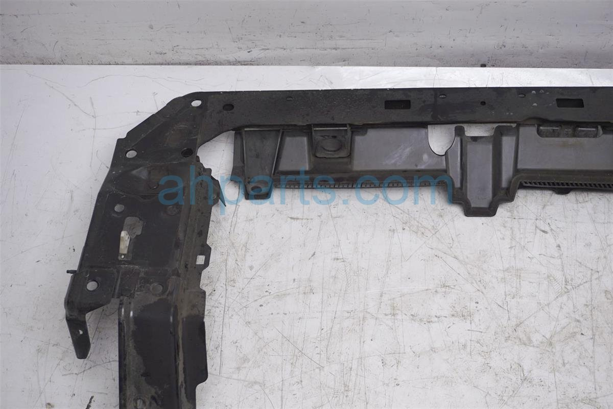 2012 Nissan Rogue Core Radiator Support / Bulkhead 62511 JM00A Replacement