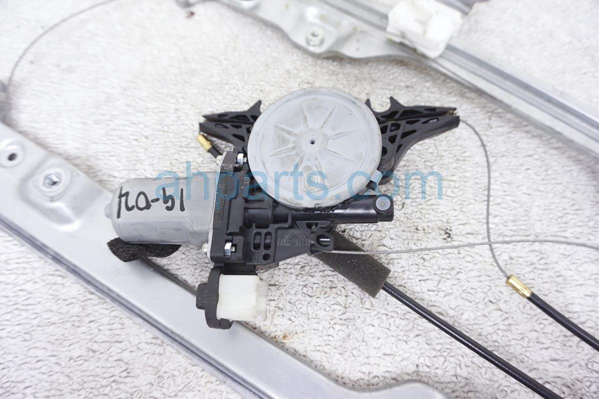 2012 Nissan Rogue Front Passenger Window Regulator & Motor 80720 JM02B Replacement