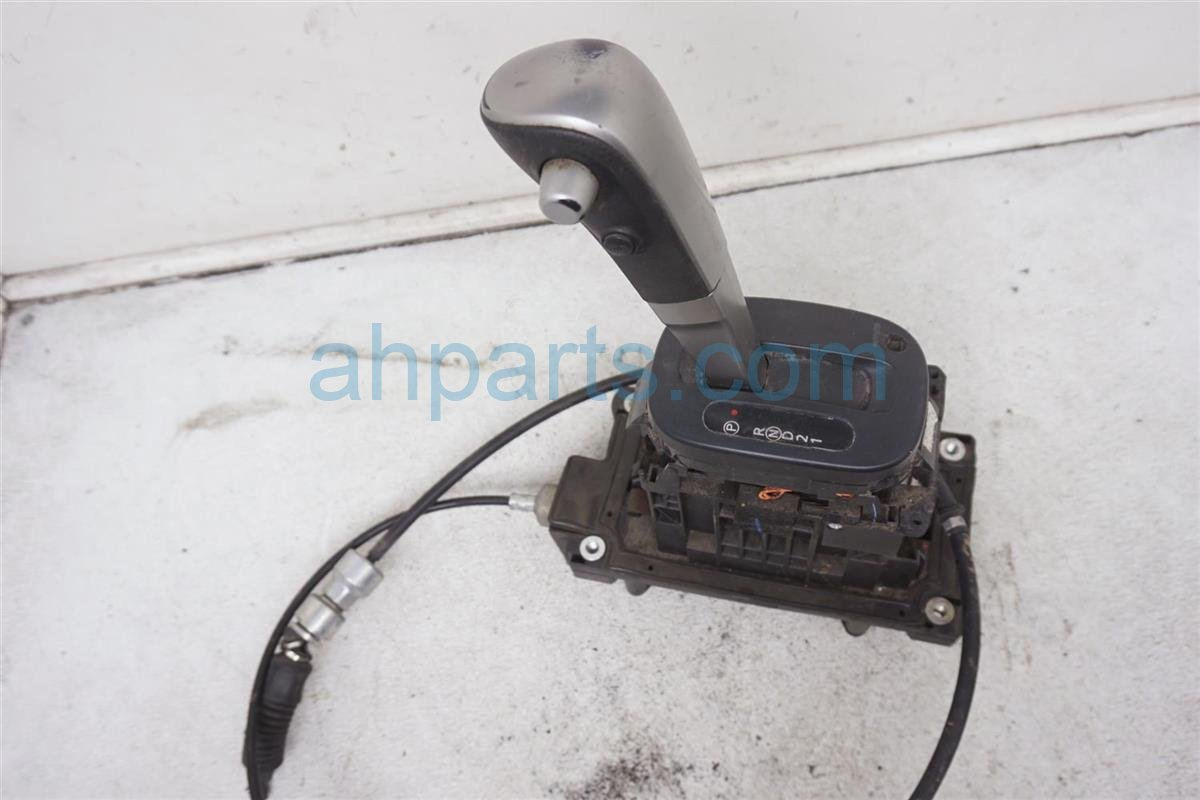 Sold 2010 Nissan Versa Shifter Assy 34901 ZW81A Replacement
