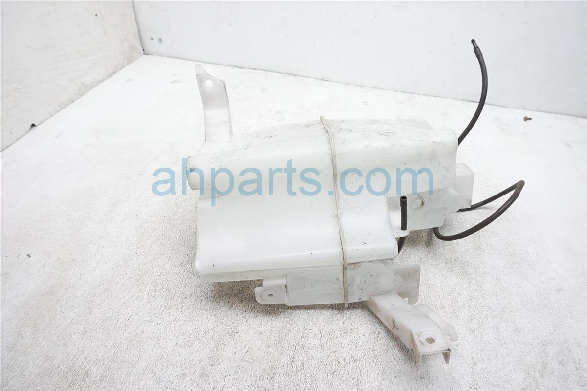 2012 Nissan Rogue Washer Reservoir Tank 28910 JM000 Replacement