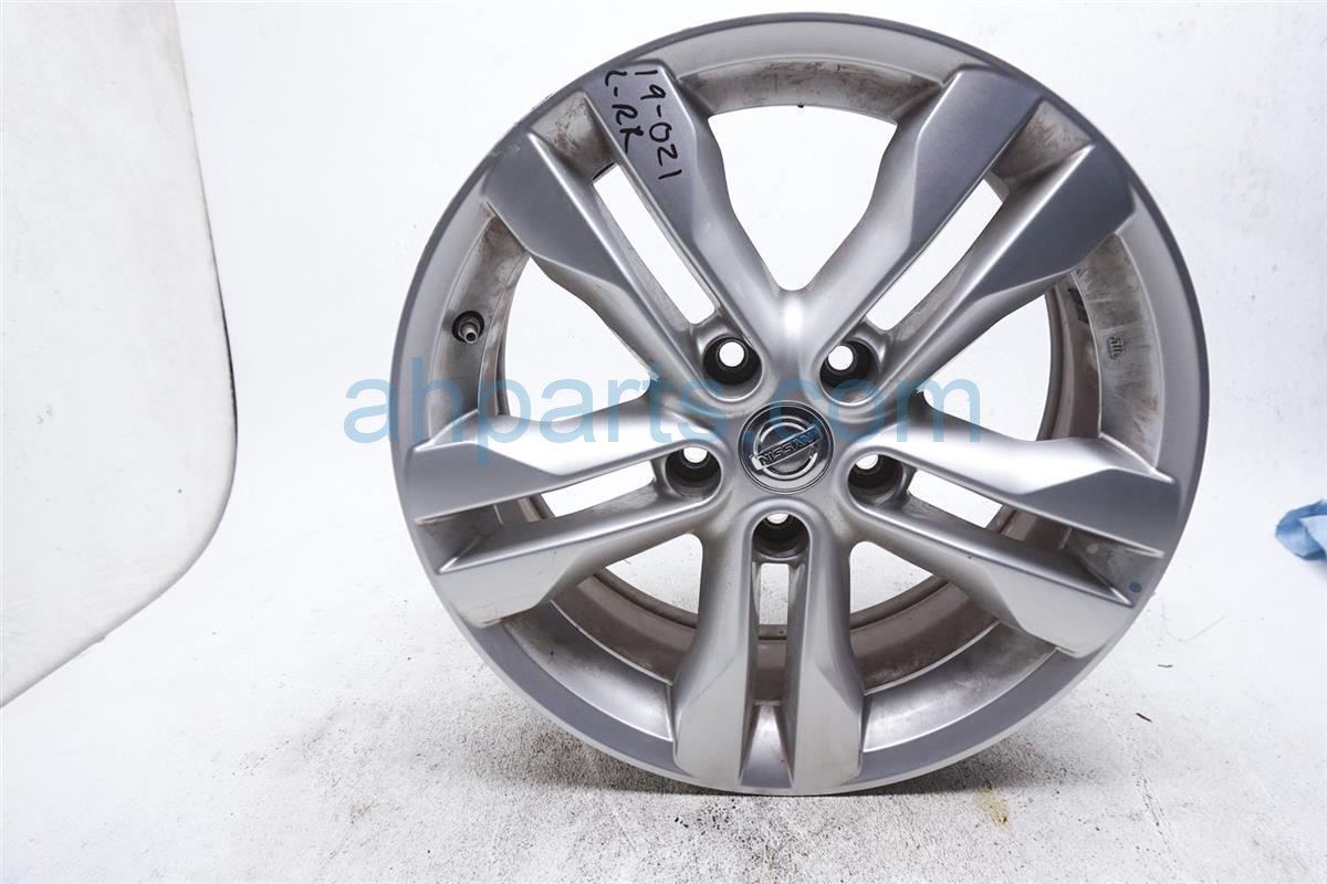 2012 Nissan Rogue Rear Driver Wheel/rim D0C00 3UB1A Replacement