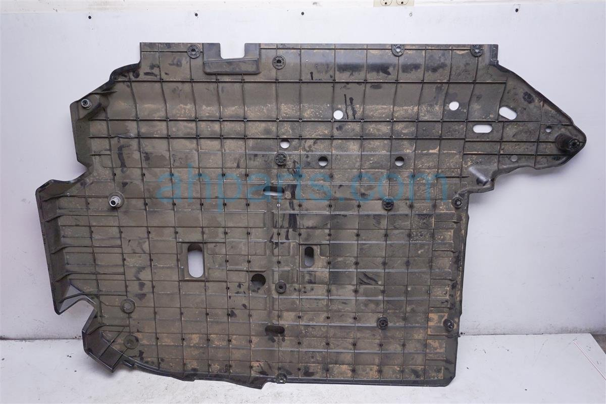 2016 Honda FIT Under Body Floor Cover 74641 T5R A00 Replacement