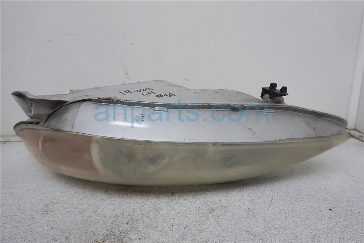 Sold 2003 Toyota Camry Headlight Driver Head Light / Lamp 81150 AA070 Replacement