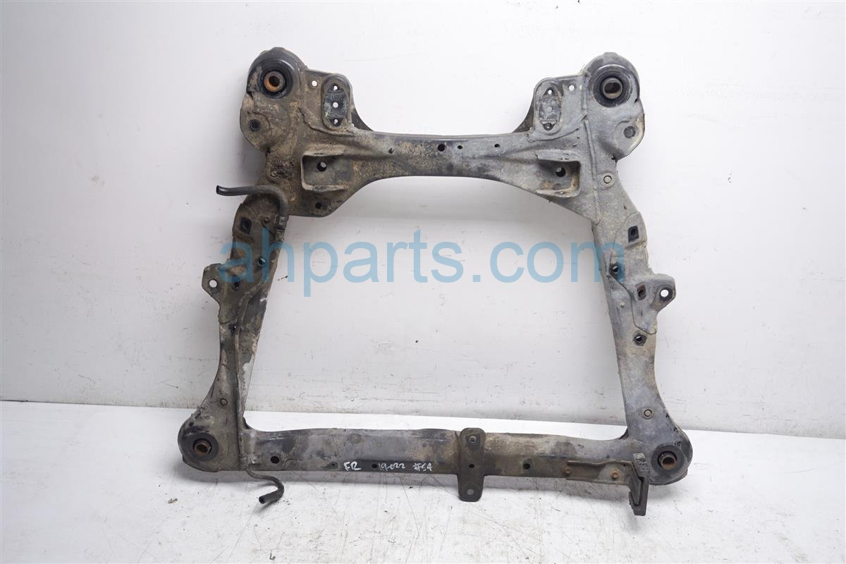 2003 Toyota Camry Crossmember Front Sub Frame / Cradle Beam 51100 07035 Replacement