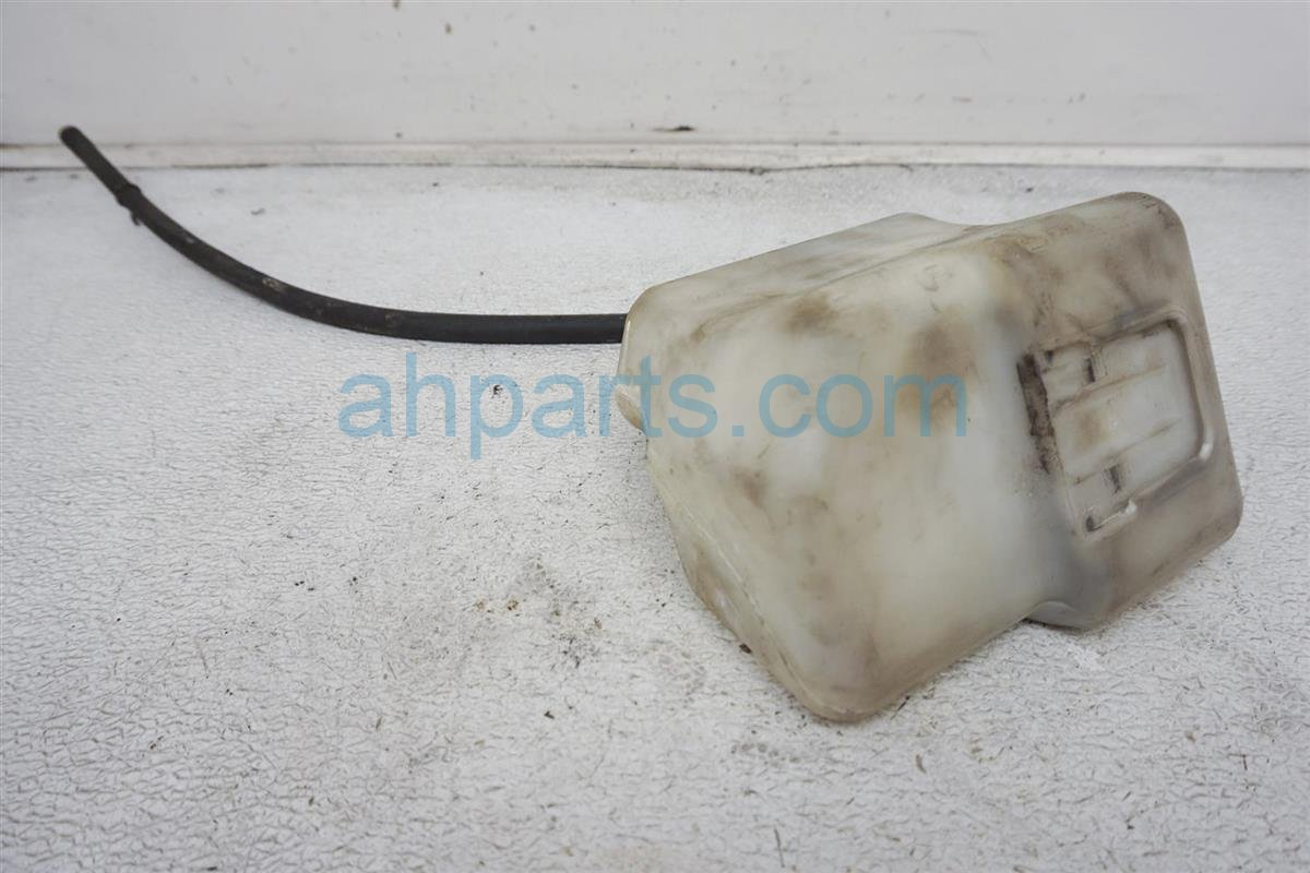 2003 Toyota Camry Radiator Overflow Tank / Reservior 16470 AA020 Replacement