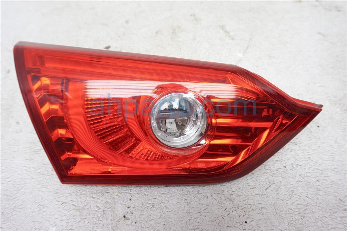 2017 Infiniti Q50 Rear Lamp Driver Trunk Lid Tail Light 26555 4HB1C Replacement