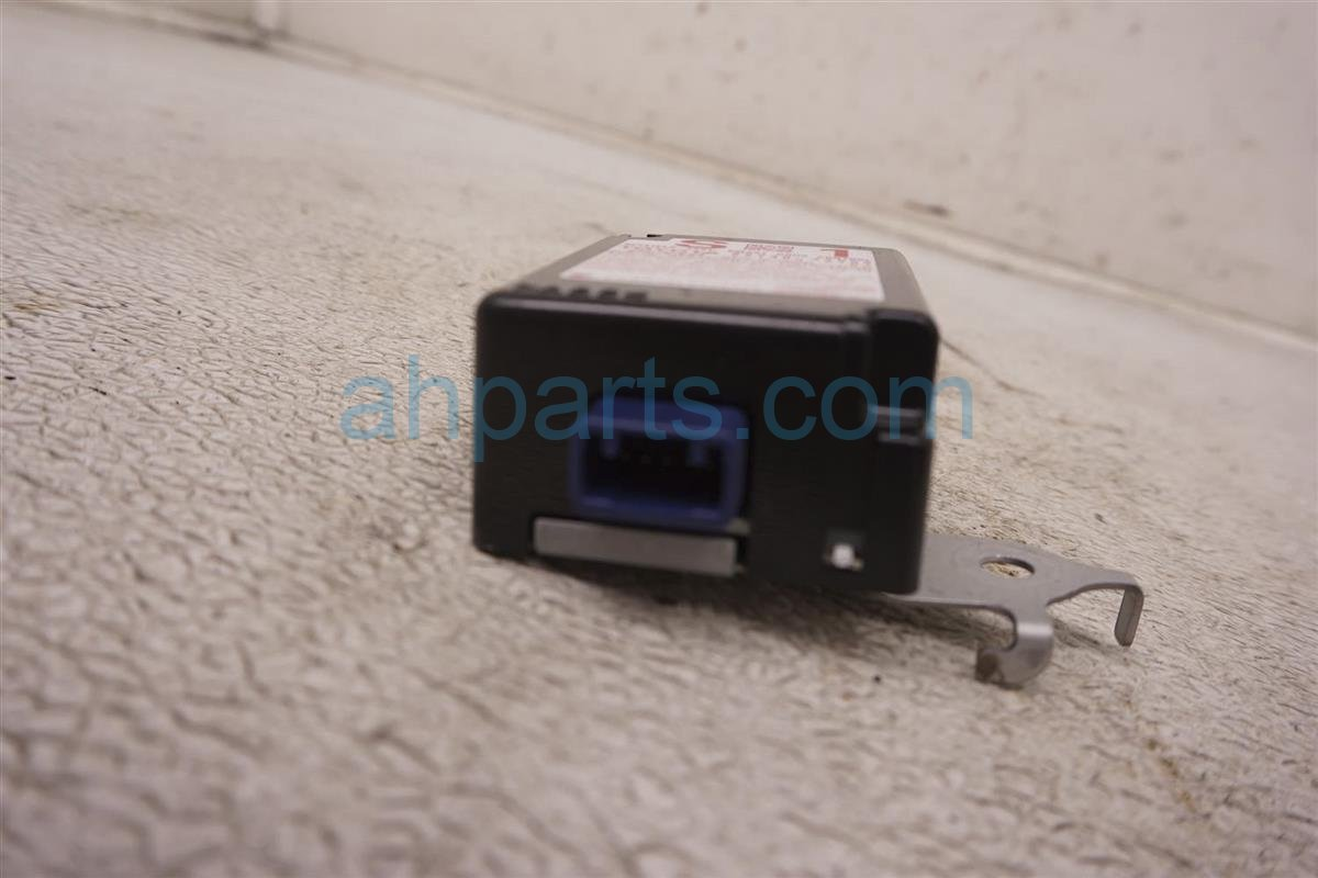 2012 Toyota Prius Smart Door Receiver Control Unit 89740 47050 Replacement