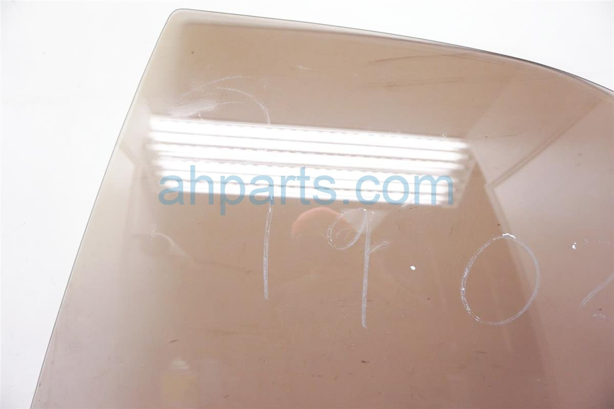 1994 Lexus Es300 4dr Rear Driver Door Glass Window 68104 32150 Replacement