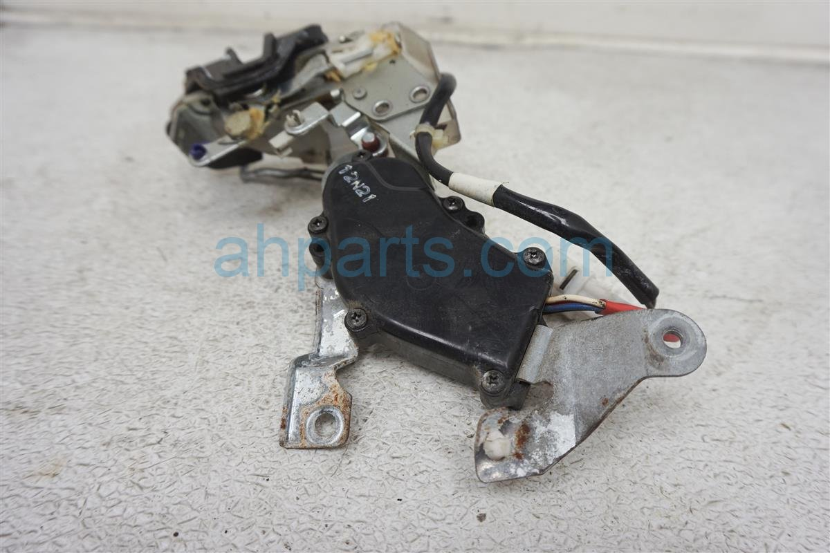 1994 Lexus Es300 Rear Passenger Door Latch Actuator Lock 69130 33010 Replacement