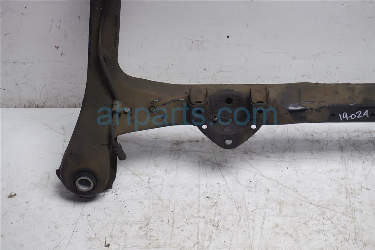 1994 Lexus Es300 Crossmember Front Sub Frame / Cradle Beam 51100 33030 Replacement