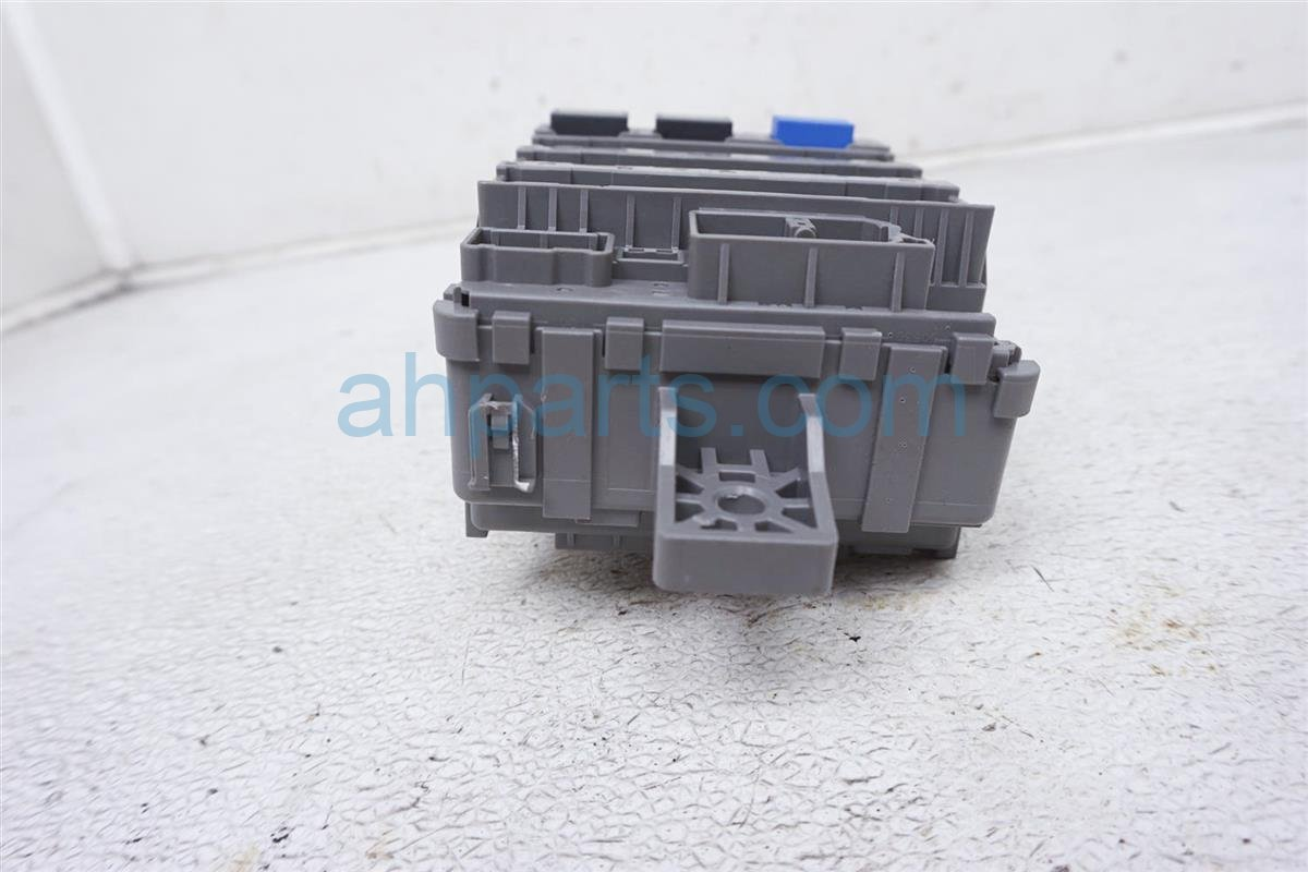 2015 Honda Accord Cabin Fuse Box 38200 T2A A02 Replacement