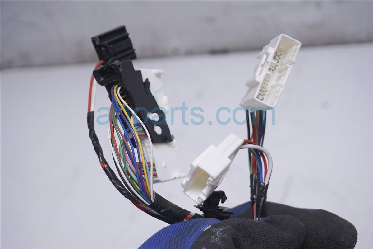 2012 Toyota Prius Dash Wire Harness 82145 47T40 Replacement