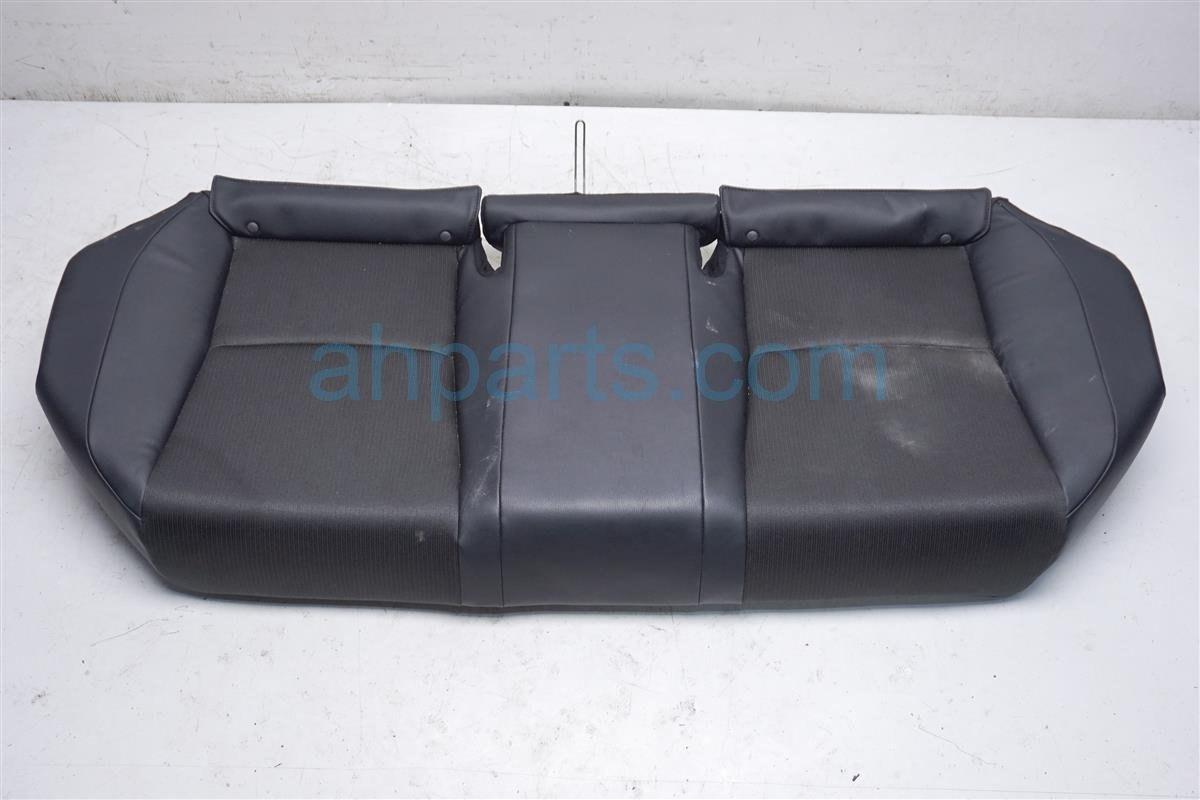 2018 Honda Accord Back (2nd Row) Rear Seat Bottom Portion Black 82137 TVC A01 Replacement