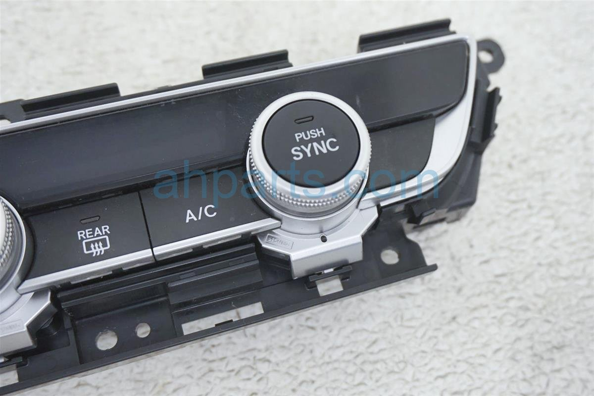 2018 Honda Accord Temperature Climate Heater/ac Control(on Dash) 79610 TVA A01 Replacement