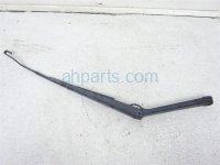 $15 Nissan RH WINDSHIELD WIPER ARM
