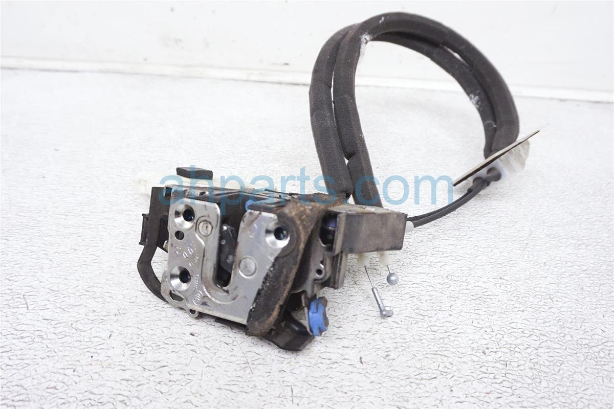 2008 Nissan 350z Passenger Door Lock Actuator (convertible) 80502 AR201 Replacement
