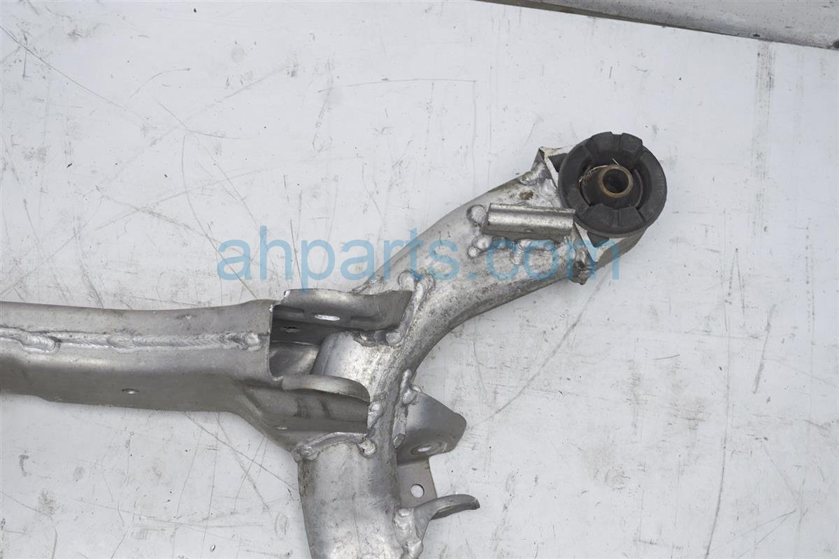 2008 Nissan 350z Crossmember Rear Sub Frame/cradle Beam 55400 CD02A Replacement