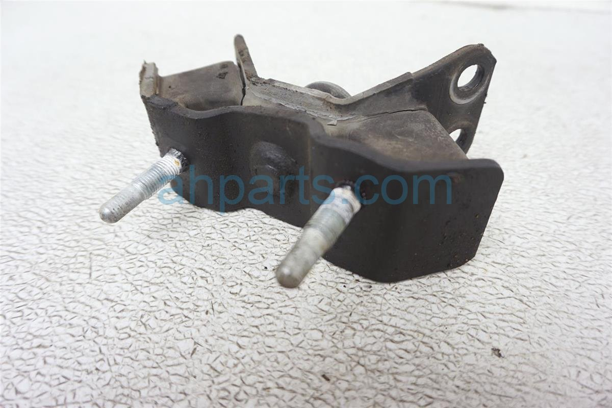 1994 Lexus Es300 Engine/motor Engine Side Mount 12372 0A020 Replacement