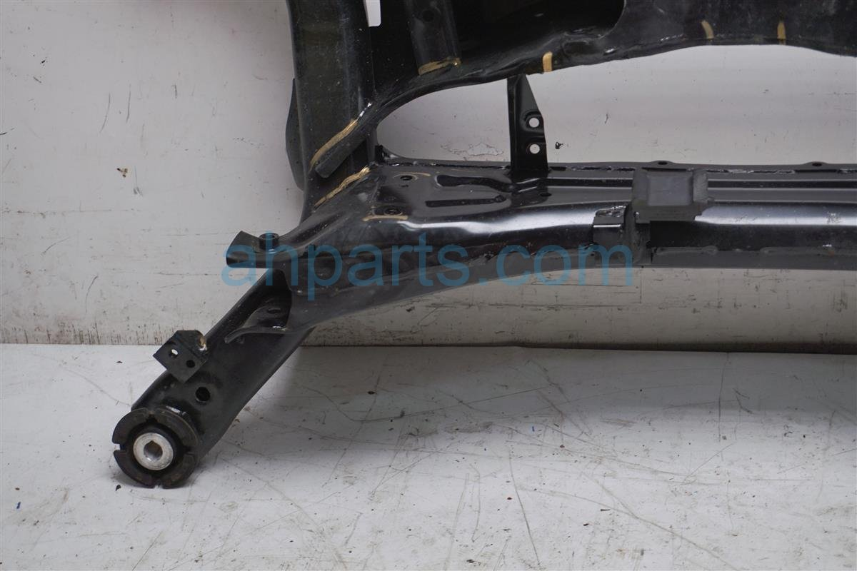 2018 Honda Accord Crossmember Rear Sub Frame Cross Beam 50300 TVA A00 Replacement