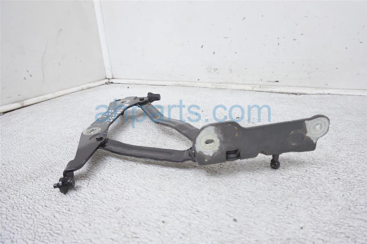 2018 Ford Mustang Hood Driver Trunk Hinge   Gray FR3Z 6342701 A Replacement