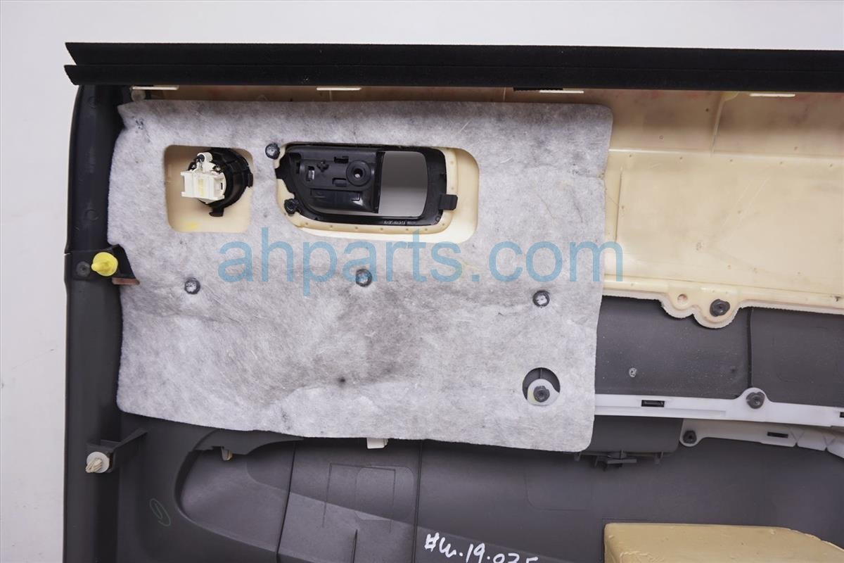 2007 Toyota Prius Rear Driver Door Panel (trim Liner) Gray 67640 47180 C0 Replacement