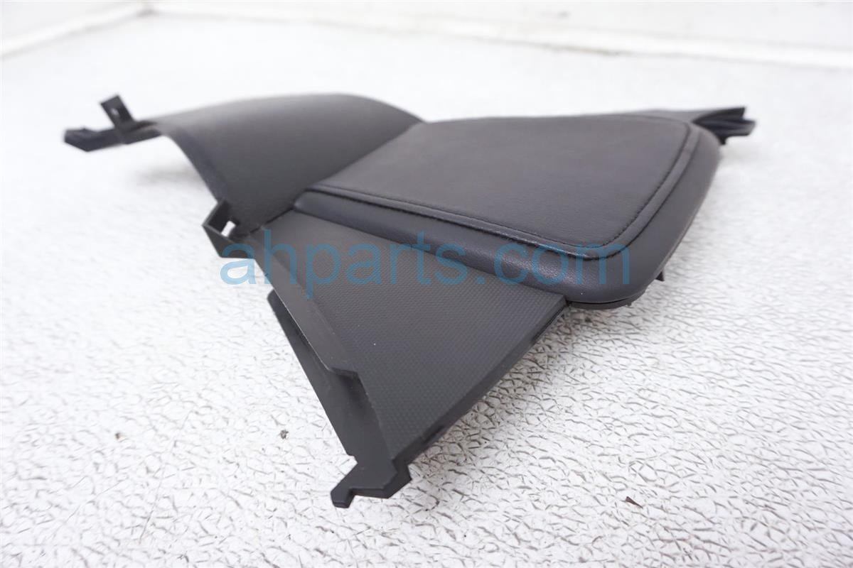 2008 Nissan 350z Driver Consle Trim Panel Knee Cushion 68135 CF42A Replacement