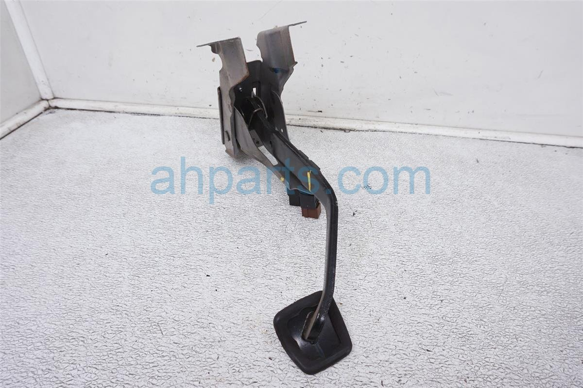 2008 Nissan 350z Brake Pedal Assy 46501 CD802 Replacement