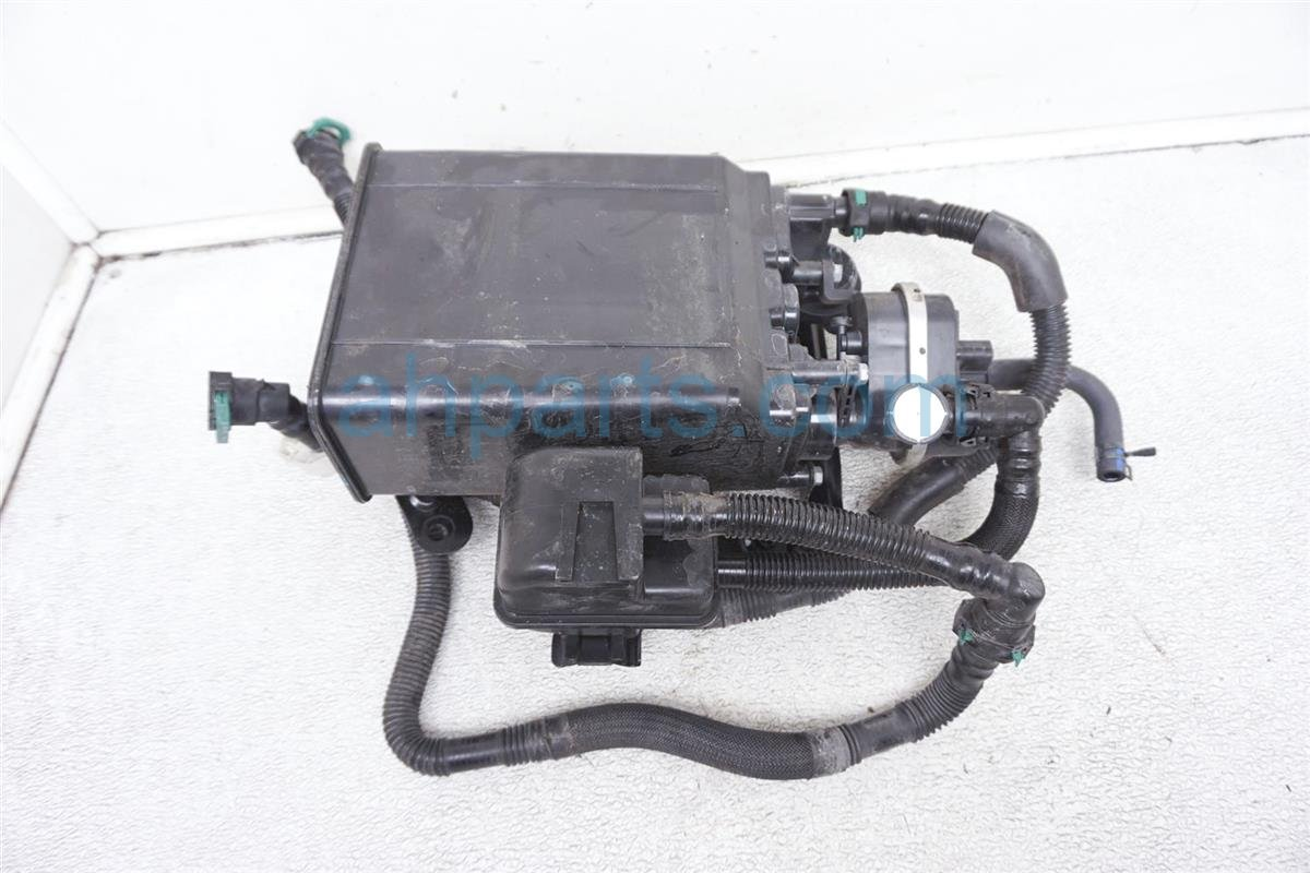 2011 Lexus Is 250 Fuel Vapor Charcoal Canister 77740 30360 Replacement