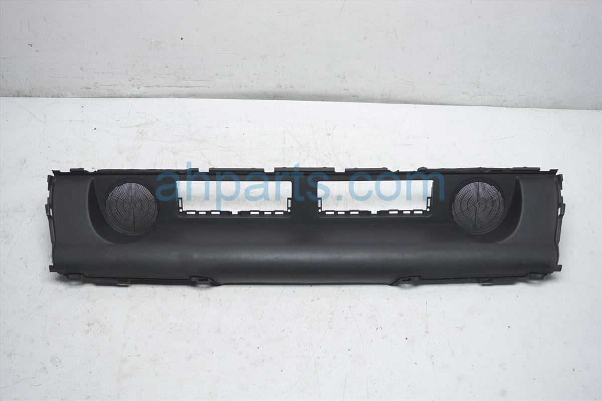 2008 Nissan 350z Rear Cargo Console Trim Finish Panel 84907 CE400 Replacement