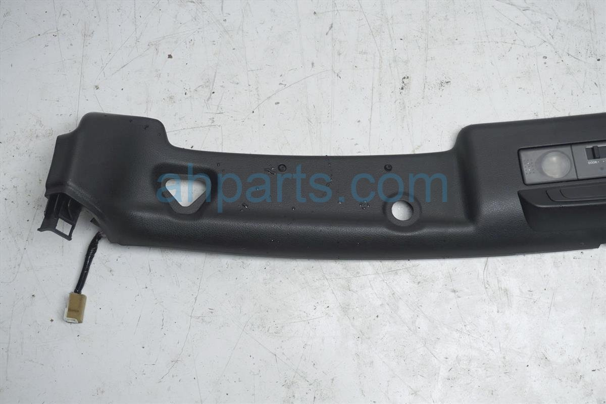 2008 Nissan 350z Map Light / Roof Console Trim Assy 73975 EV01B Replacement