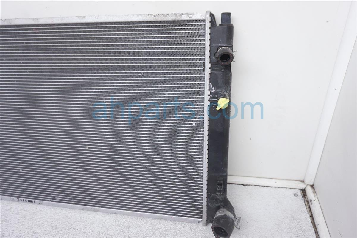 2016 Toyota Prius 4cyl Radiator 16400 21330 Replacement