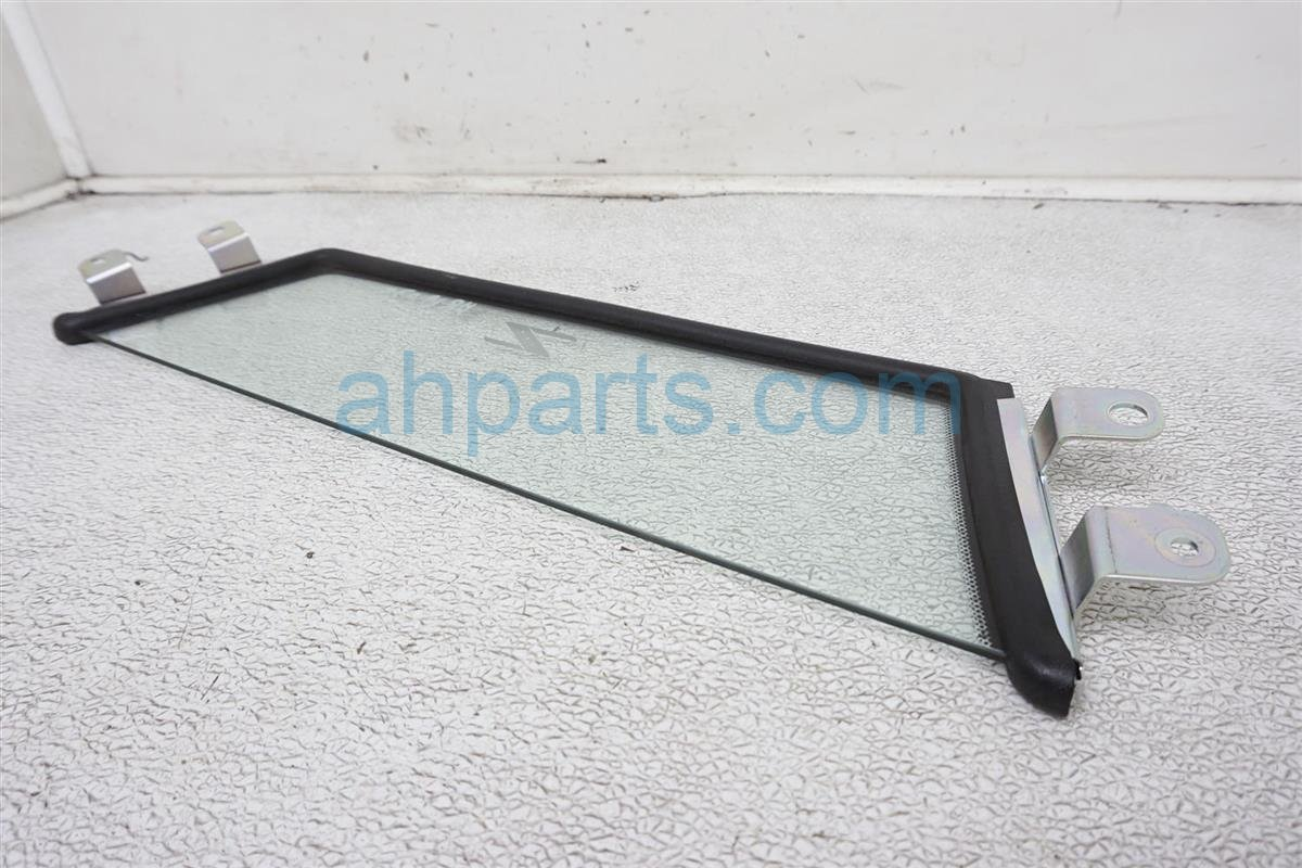 2008 Nissan 350z Rear / Windshield Back Glass Wind Deflector 97284 CF00A Replacement