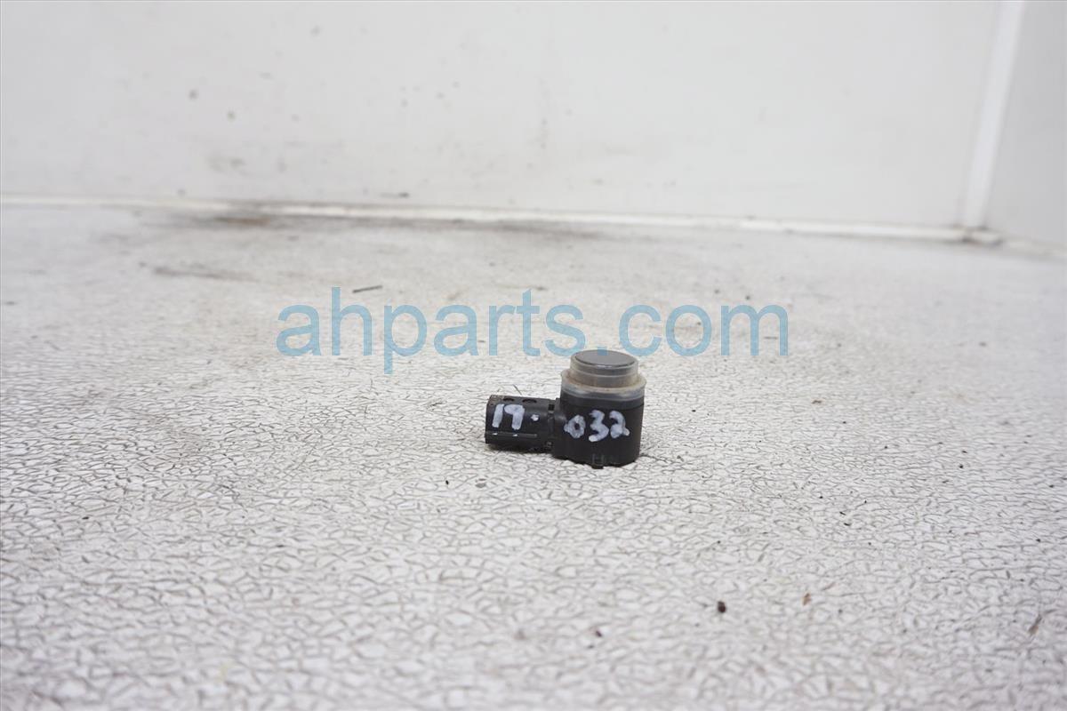 2018 Ford Mustang Rear Bumper Parking Sensor GT4Z 15K859 AAPTM Replacement
