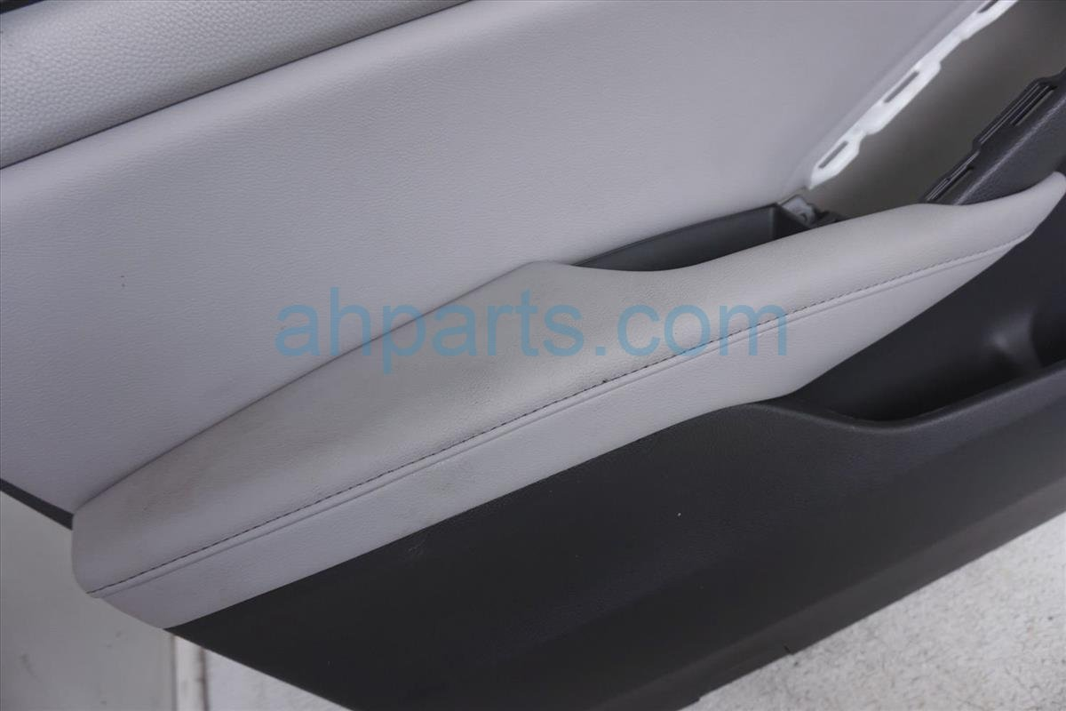 2018 Honda Accord Trim / Liner Front Driver Door Panel Gray With Memory 83503 TVA A21ZC Replacement
