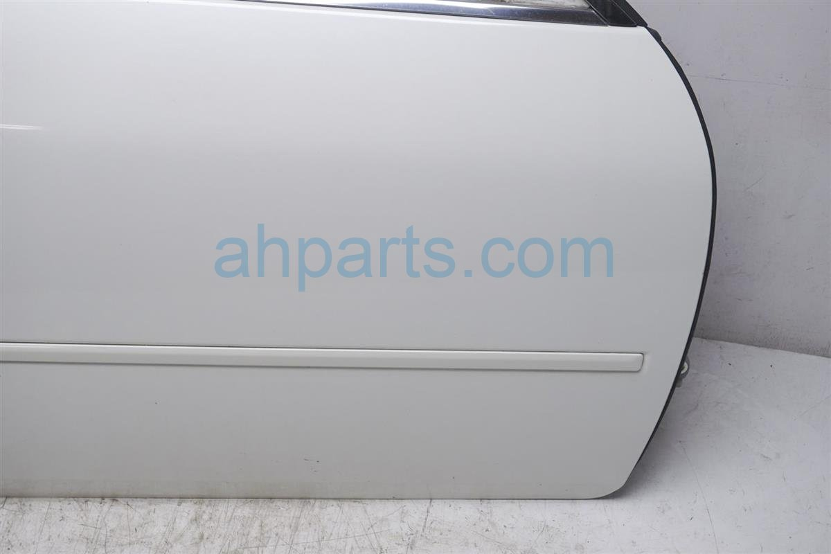 2007 Infiniti M45 Front Passenger Door Shell White Replacement