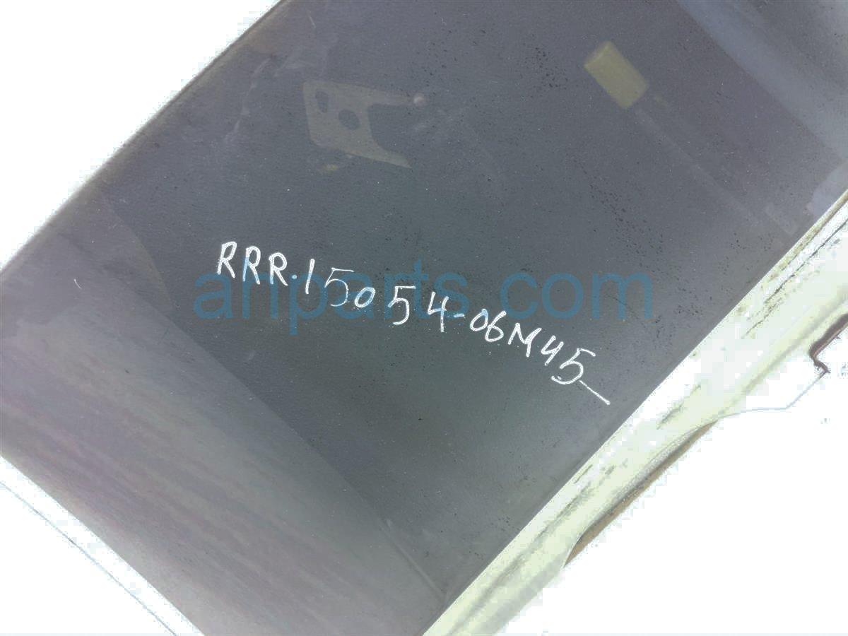 2006 Infiniti M45 Rear Passenger Door Glass Window 82300 EG00A Replacement