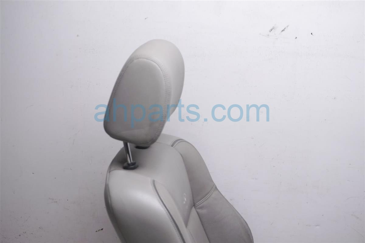 2007 Infiniti M45 Front Driver Seat Gray Has Tears 87361 JK61A Replacement