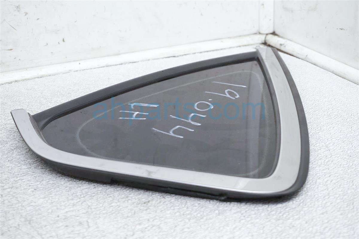 2007 Infiniti M45 Driver Quarter Window Glass 76831 EG000 Replacement