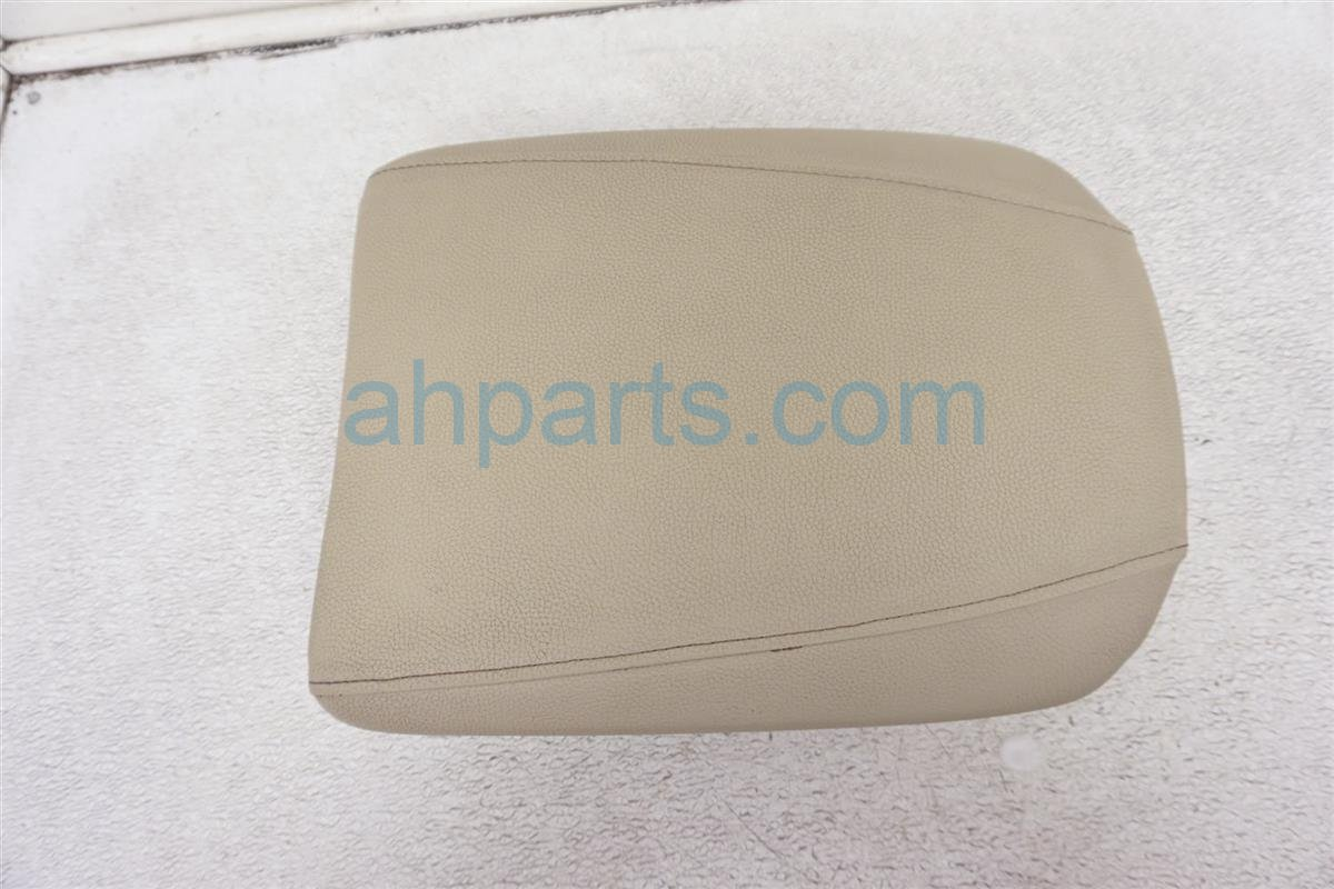 2014 Acura MDX Center Console Arm Rest Tan Leather 83405 TZ5 A11ZE Replacement