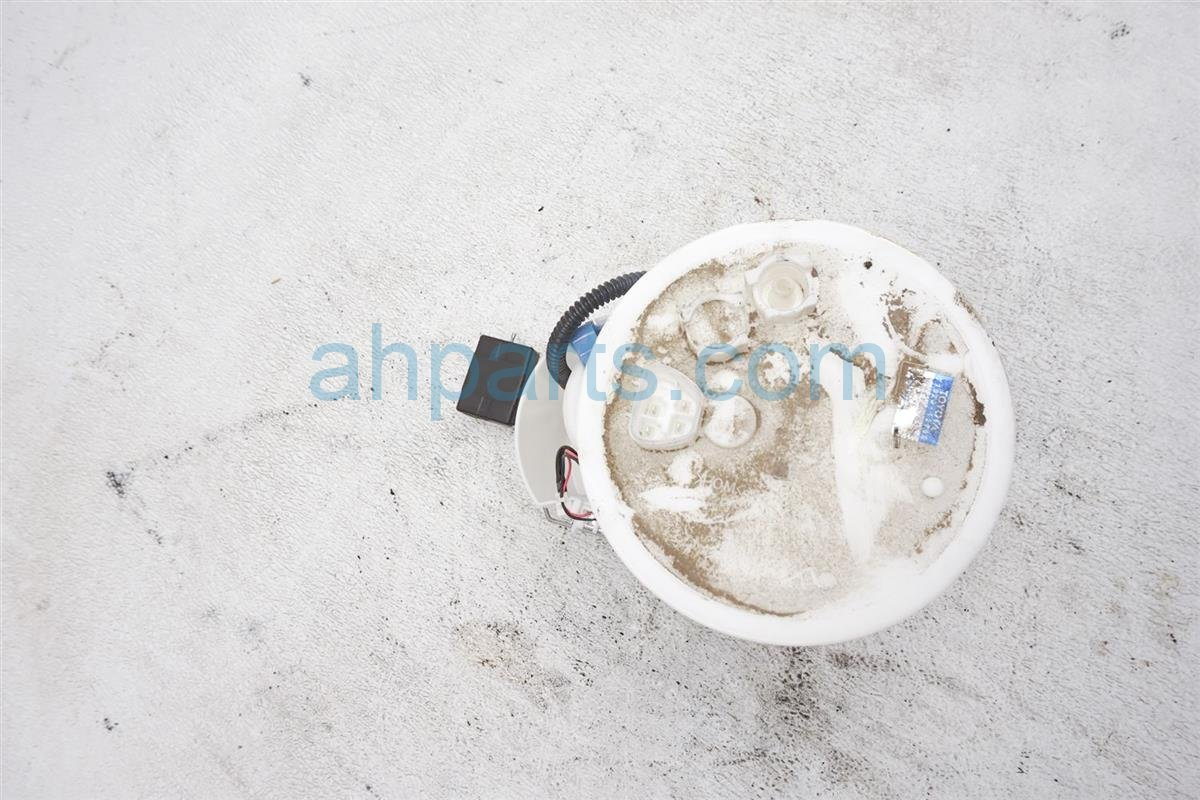 2017 Toyota IM Gas / Fuel Pump 77020 12850 Replacement