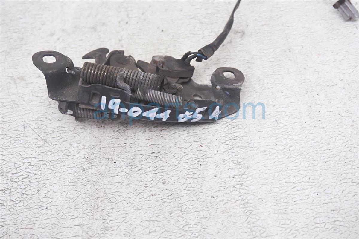 2007 Infiniti M45 Hood Latch 65601 EH100 Replacement