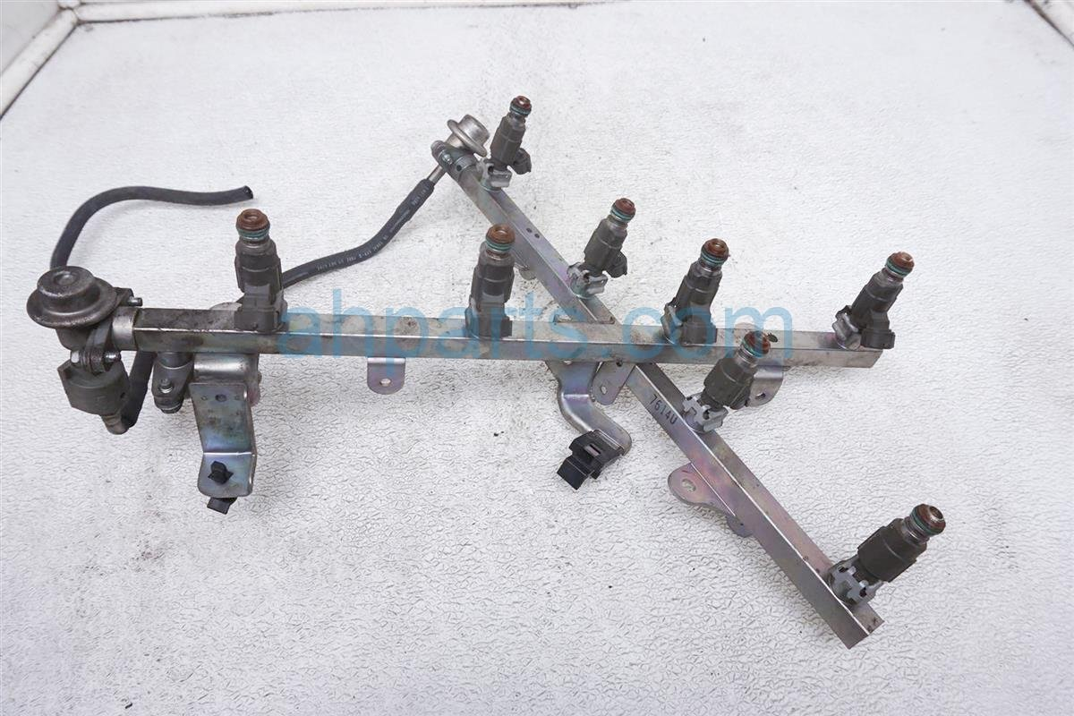 2007 Infiniti M45 Fuel Injector Rail 17521 EH000 Replacement