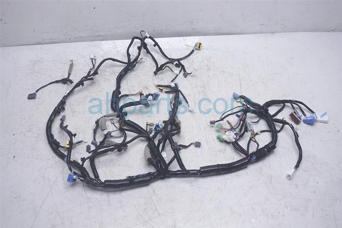 2018 Honda Accord Dashboard Instrument Wire Harness 32117-TVA-A20  on