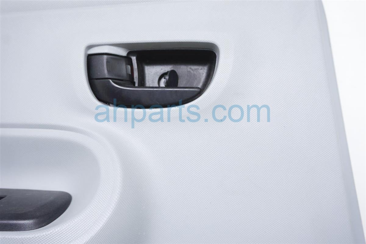 2012 Toyota Prius Rear Driver Door Panel (trim Liner)   White 67640 52V80 B0 Replacement