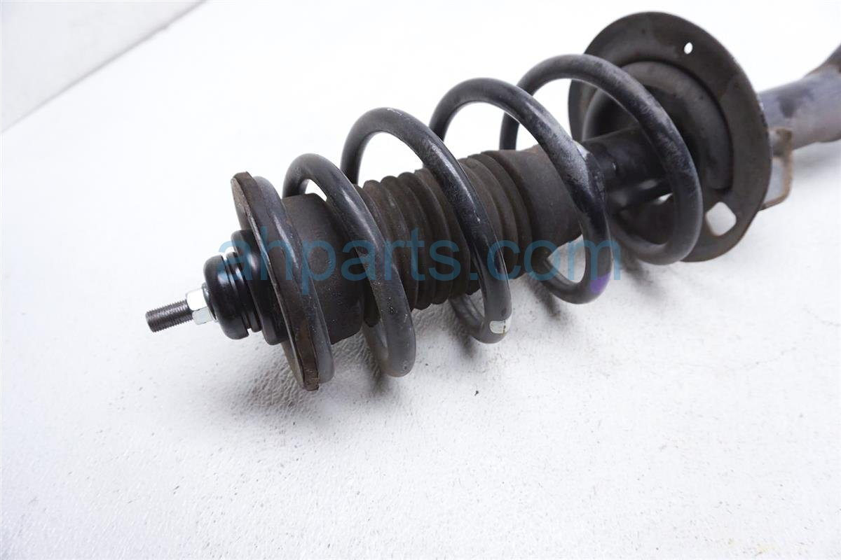 2012 Toyota Prius Front Driver Strut Shock + Spring 48520 52630 Replacement