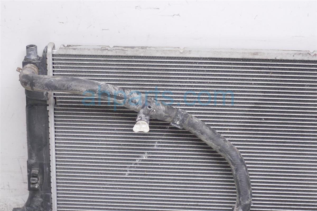 2012 Toyota Prius 4cyl Radiator 16410 AZ052 Replacement